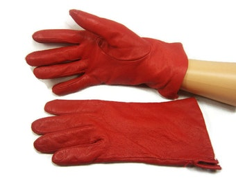 Red Leather Gloves / Size 6 1/2 / Ladies Leather gloves / Driving Gloves / Vintage Gloves / Lined Gloves