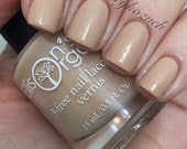 Peace Sand Quiet - Nude Nail Lacquer - 3-free Nail Polish - VEGAN - Trending on the catwalks - Gifted to celebs at the Emmys