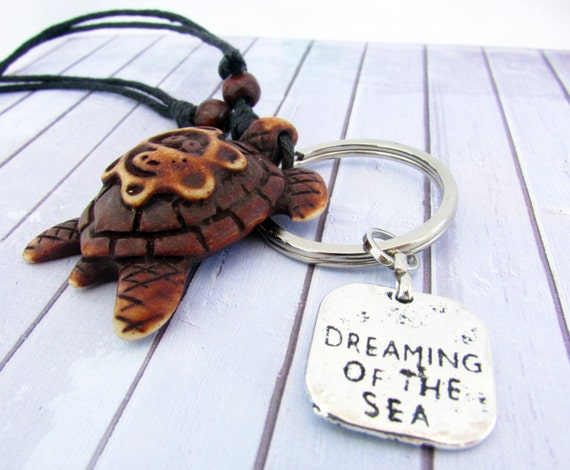 EarthlieTreasures on Etsy adorable Turtle Necklace Keychain