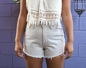Levi's grey high waisted shorts