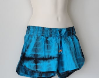 Pom pom women's summer beach shorts. Hipster shorts for that cool, saucy summery look. Hand printed shorts from India. From Artikrti.
