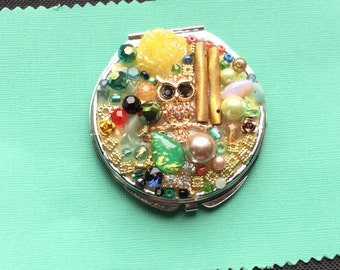 Compact Mirror- Owl Compact Mirror-Owl Mirror-Embellished Mirror-Small Mirror-Mosaic Mirror-Recycled Compact Mirror