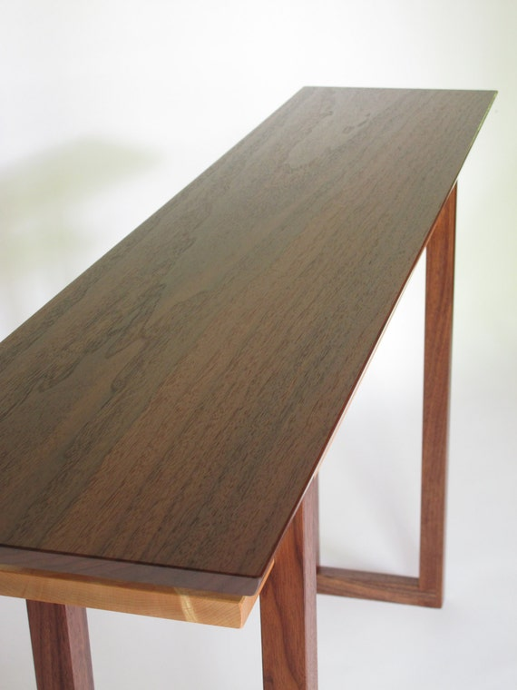 Modern wood narrow dressing table for narrow by for Narrow dressing table