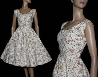 Vintage 1950s Dress Floral Novelty Print Rockabilly Garden Party Mad Men Couture Pinup Bombshell Femme Fatale