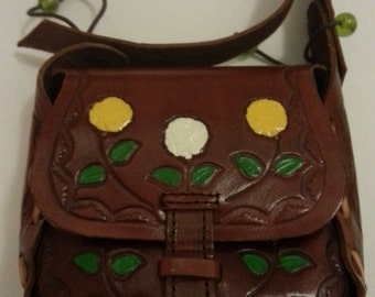 Small 70's Leather Purse with Shoulder Strap
