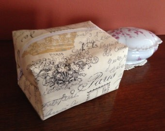 Cosmetic bag/zippered pouch/lined/cotton