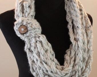 Oatmeal Crochet Bulky Fall Autumn Warm Acrylic Infinity Scarf