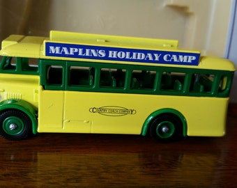 Die-Cast Vintage Bus, British Classic TV Series Collectible Souvenir, Circa 1993, Fathers Day Ideas, Dad