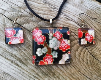 Red and White Japanese chiyogami paper glass tile necklace and earring set
