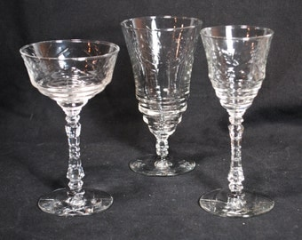 Beautiful Vintage Forties Crystal Glass Set