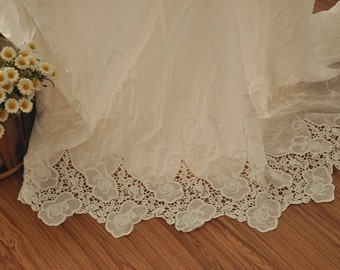 Cotton Bridal Lace Fabric with Pepny Floral Embroidery for Wedding Dress, Costumes, Bridal Gown