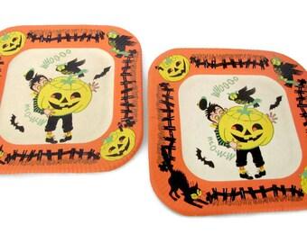 Vintage Halloween Decor, 1950's Halloween Paper Plates, Jack O' Lantern, Black Cat Paper Plates, 1950's Halloween Decor