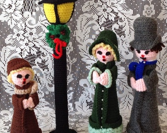 SALE Vintage Christmas Carolers Set of Four Lamppost and Family Crocheted Christmas Decor Holiday by picadillymarket