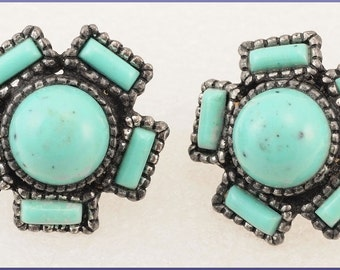 ON SALE Vintage Silver Tone  Faux Turquoise Screw Back Earrings