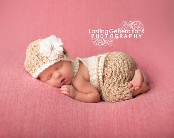 Crochet Newborn - 12mo Overalls and hat set - photo prop - Custom made to order