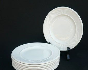 8 Bread and Butter Plates in EDME by Wedgwood of Etruria and Barlaston / Made in England / Kitchen and Dining / Serving
