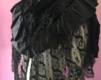 Beautiful Victorian Cape in black velvet, with satin, lace and beading
