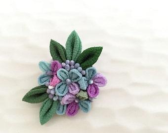 Tsumami Kanzashi flower brooch CB002