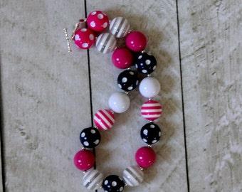 girl chunky bubblegum bead necklace girl bubblegum necklace hot pink navy blue raspberry pink girl chunky bubblegum bead necklace