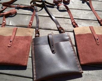 Hand stitched medium sized 3 pocket flat leather purse