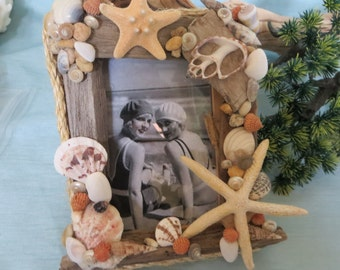 Driftwood and starfish frame with vintage print bathing beauties_beach decor_photo frame