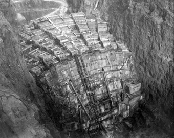 Construction of the Hoover Dam   Photo Print