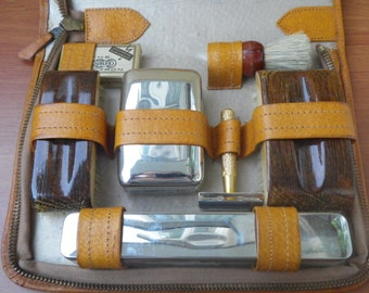 Vintage Amber Brown Leather Large Size Grooming Kit Bag Case