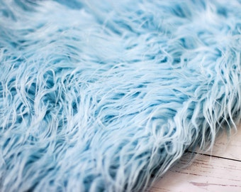 LARGE SIZE 3'x5' Soft Cozy Cuddly Baby Blue Faux Fur Nest Newborn Photography Prop Large Oversize Layer Stuffer Long Pile Faux Flokati