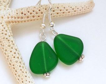 Emerald Green Sea Glass Earrings,Sea Glass Jewelry,Seaglass Earrings,Seaglass Jewelry,Beach Glass Jewelry,Beach Glass Earrings. Free US Ship