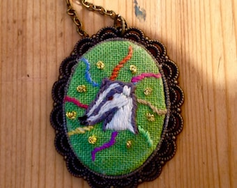 vintage/boho old-style animal embroidery art necklace/pendant, Badgers R Us,  Victorian gift jewellery
