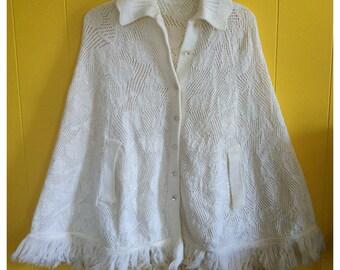 Vintage '70s cream knit poncho, OSFA