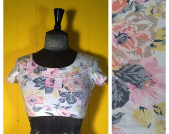 Vintage floral crop top, size Small