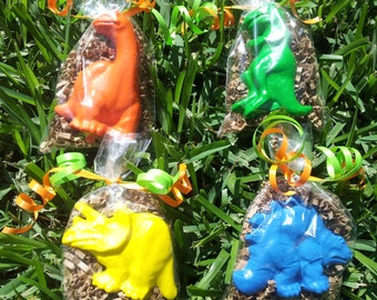 20 dinosaur party favors/dinosaur birthday/dinosaur themed birthday party/dinosaur party gifts/ set of 20 dinosaur bags BIG DINO CRAYONS