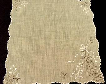 Vintage Yellow Hanky,Pale Lemon Hanky,Embroidered Hanky,Semi Sheer Handkerchief,Flower Girl Hanky,Wedding Favor,Retro Hankies,Vintage Linens