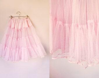 vintage 50s/60s pink tulle petticoat