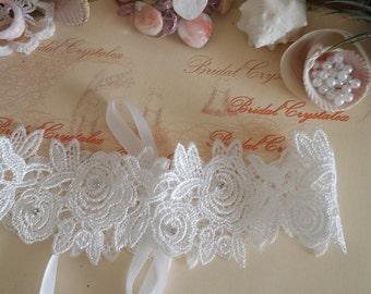 Wedding garter  /Venice Lace/Rhinestone