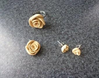 Beige roses set