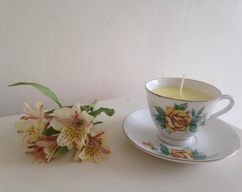 Vintage Teacup and saucer Candle Gloden Rose Pattern