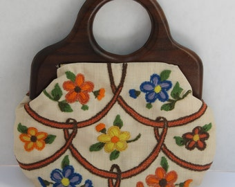 1950s/60s Linen Floral Embroidered Handbag with Wood Handles
