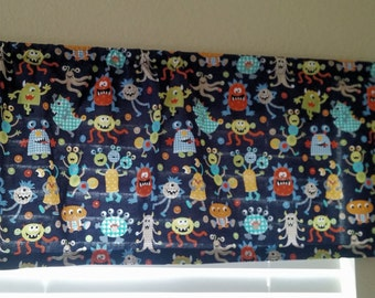 Valance in Monster Mash Fabric 30x15