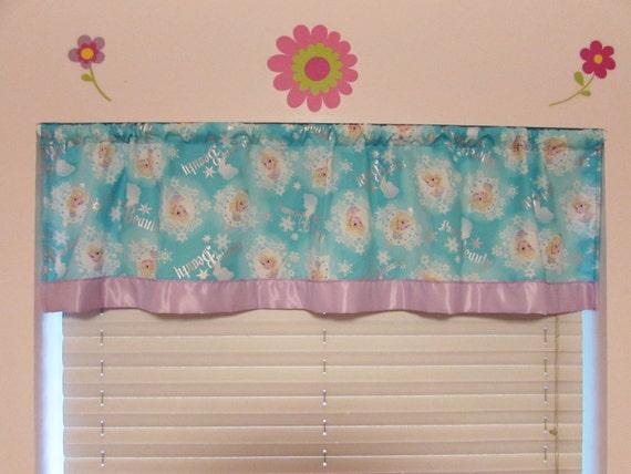 Disney Frozen curtains/cotton valance
