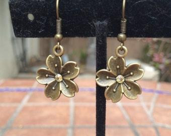 Brass flower earrings with Swarovski crystals