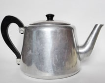 Vintage Swan Brand 8 Cup Kettle with Bakelite Handle and Knob ~ Silver Teapot ~ Rustic  Decor ~ Country Kitchen ~ Cottage Chic ~ High Tea