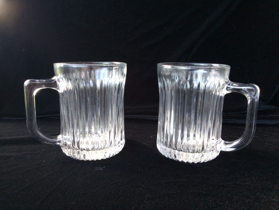 Vintage Glass Mugs 109
