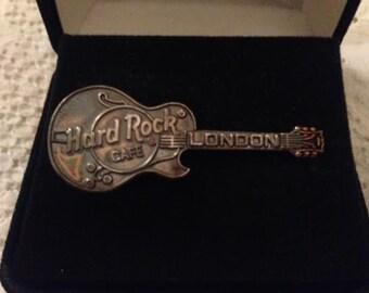 Hard Rock Cafe London Electric Guitar Pin With Hard Rock Box