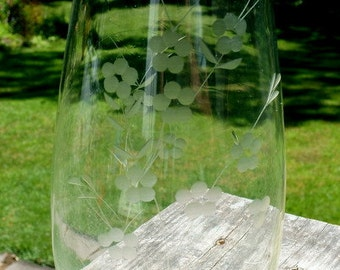 Beautiful Vintage Clear Glass Etched  Vase with Floral Design