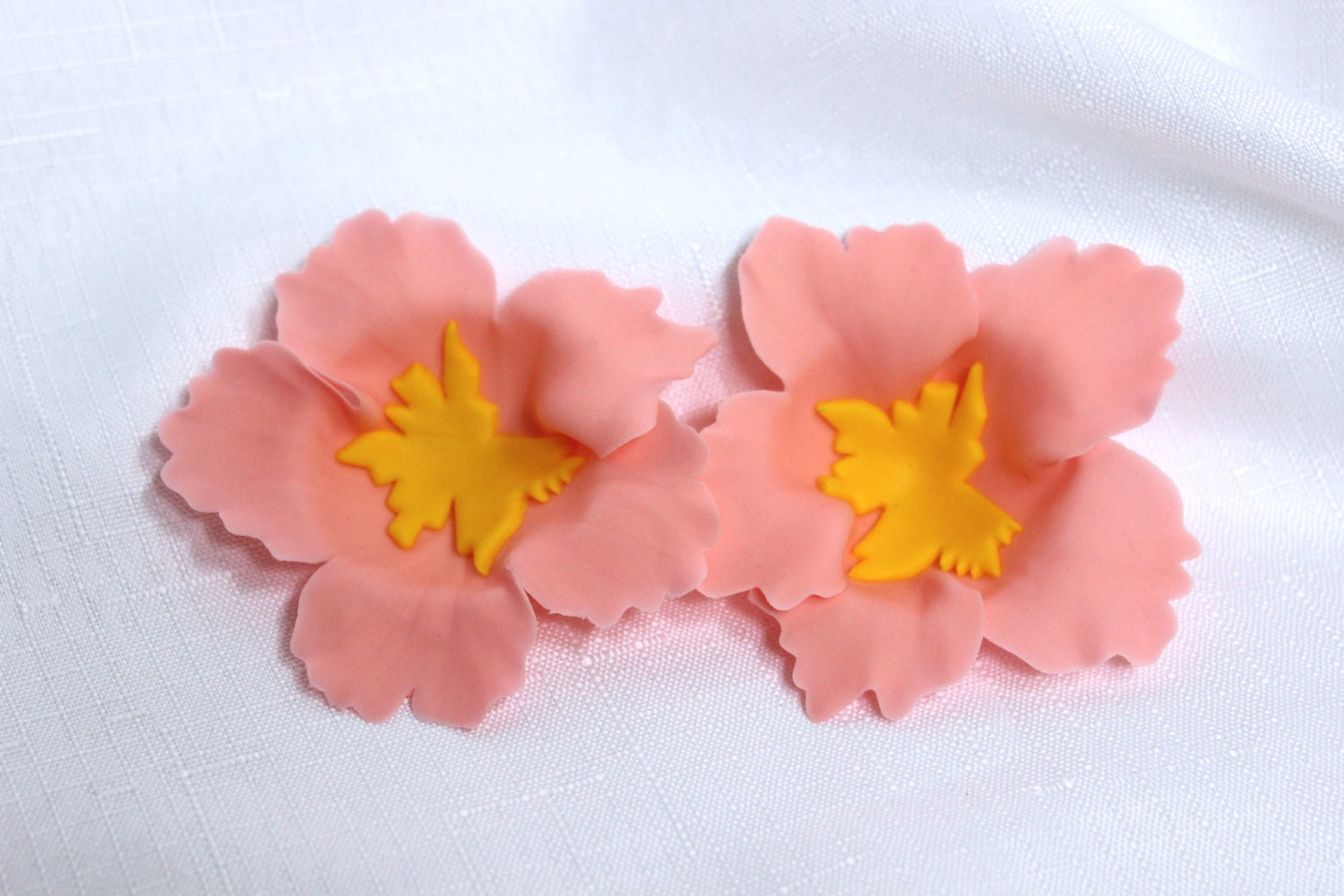 12 Hibiscus Inspired Edible Fondant Flowers Cupcake Cake Toppers