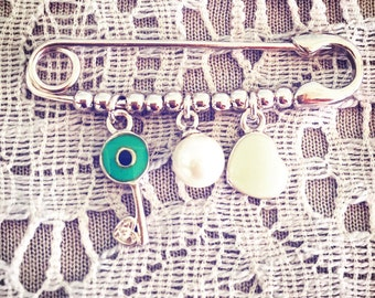 Evileye pin with key heart and pearl