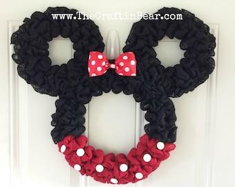Minnie Mouse wreath - Burlap wreath - Countdown to Disney - Personalized Minnie - party decor - nursery decor - Mickey mouse wreath