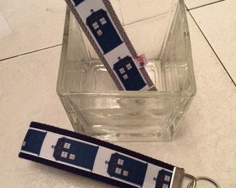 Dr Who tardis wristlet keychain key fob